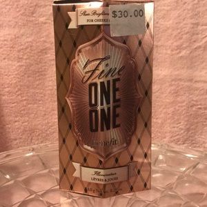 Benefit Fine One One Lip and Cheek Highlighter